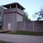 Archeologai perspėja, kad medinių pilių statymo bumas nieko bendro su istorija neturi