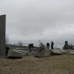 Nidoje baigti Saulės laikrodžio stelos montavimo darbai