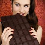 Kodėl moterys myli šokoladą?