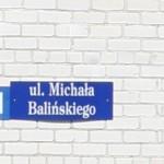 Tankiai lenkų apgyvendintose vietovėse siūloma kabinėti miestų pavadinimus ir lenkiškai