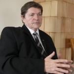PRIBRENDO METAS TYRINĖTI AISČIUS, VAKARŲ BALTŲ PASAULĮ (3)