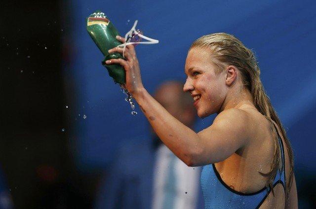 R. Meilutytė iš Barselonos grįš kaip pasaulio čempionė.  Foto AP