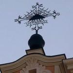 Ant sostinės bažnyčių kryžių gausu ir pagoniškų ženklų