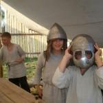 Vasaros stovykloje lietuviai gyvena kaip XIII a. genties nariai