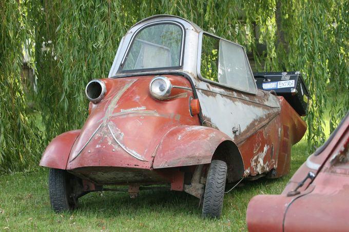 mazu-automobiliu-kolekcija