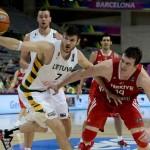 Lietuvai kelias į Pasaulio čempionato pusfinalį atviras: parklupdyta Turkija 73:61