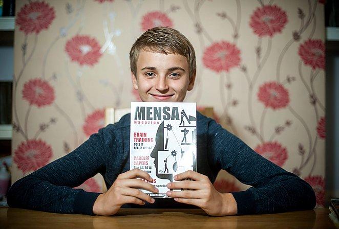 """14-metis P.Zabotka pasižymi ypač aukštu intelektu ir planuoja studijuoti Kembridžo universitete. """"The Daily Mirror"""" nuotr."""