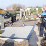 Valdininkų klaidos sunaikino kapą