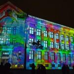 Pasakiška lietuvių projekcija ant pastatų vertė aikčioti latvius