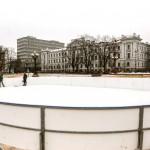 Lukiškių aikštėje jau veikia naujoji čiuožykla