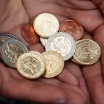 """Psichologija: """"sumažėjo"""" pajamos ar viskas atpigo tris kartus?"""