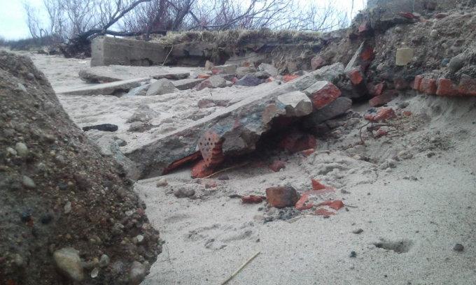 L. Sėlenienės nuotr. / Pajūris po audros