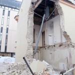 Sostinės Vilniaus g. 35 apgriuvo pastato dalis