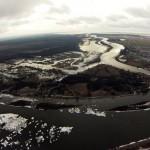Pamaryje kyla vanduo, apsemti keliai šalia Leitės upės