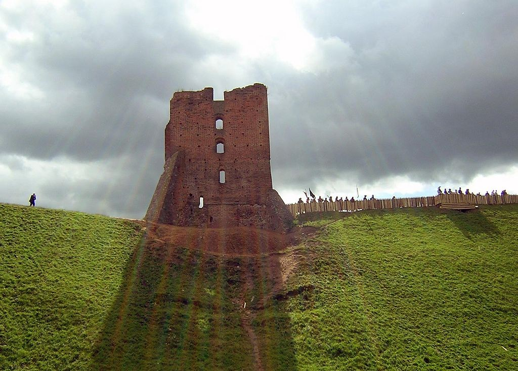 Wikimedia nuotr. / Naugarduko pilis