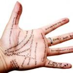 Kokią ateitį pranašauja rankos, delno linijos ir veido raukšlės