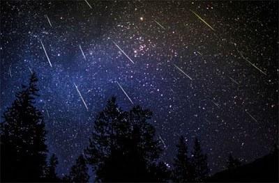 Šią naktį dangų skros Perseidų meteorų strėlės ©dulichgo.blogspot.com