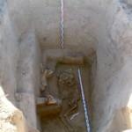 Rusijos kapavietėje rasti senovės skitų valdovo palaikai, kuris palaidotas su arkliu ir ginklais