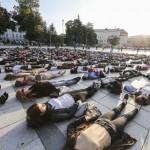 Vilniaus Katedros aikštėje įvykusi akcija prieš savižudybes nuskambėjo visame pasaulyje