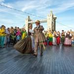 Londono lietuviai – ir svajoja apie gyvenimą tėvynėje, ir keičia pilietybę