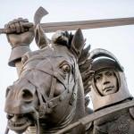 Kokia tikroji trispalvės ir vėliavos su Vyčiu naudojimo istorija ir paskirtis?